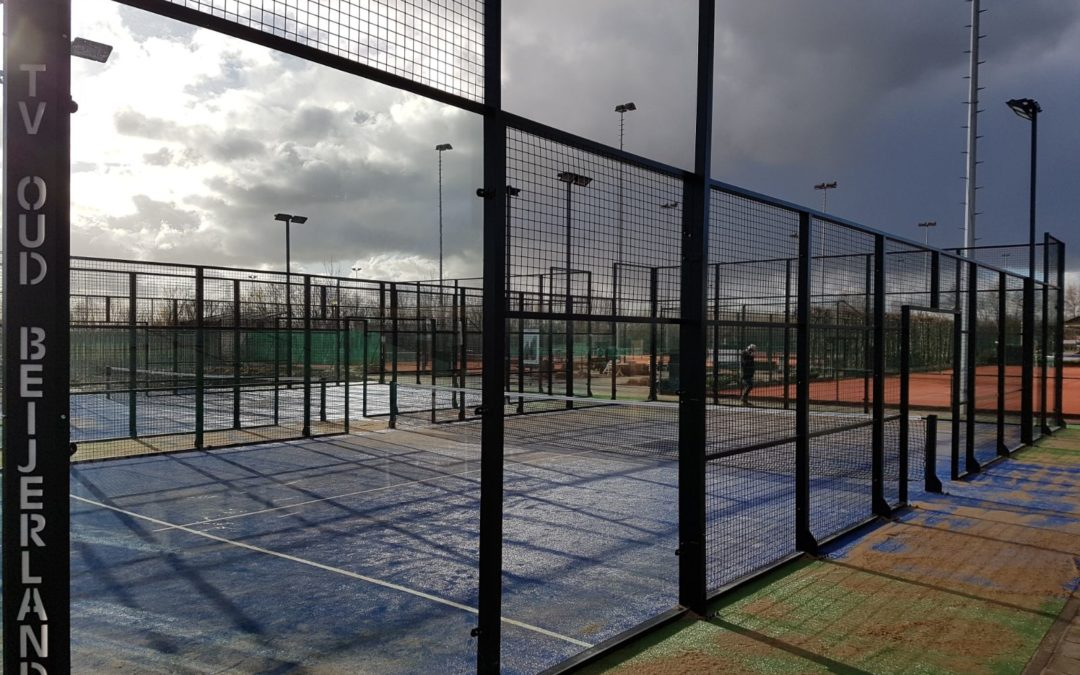 Tennisvereniging Oud-Beijerland (T.V.O.) / 2 padelbanen